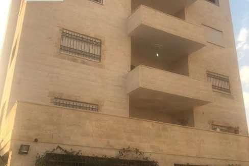 شقة طابقية للبيع في الزرقاء بواسطة ET Estate